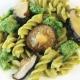 Grüne Erbsen Fusilli mit Brokkoli und